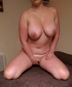 4 hands massage,naked couples massage,sensual massage,body to body massage,oily massage